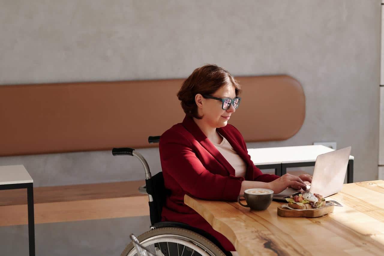 Quelle chaise pour les travailleurs handicapés ?