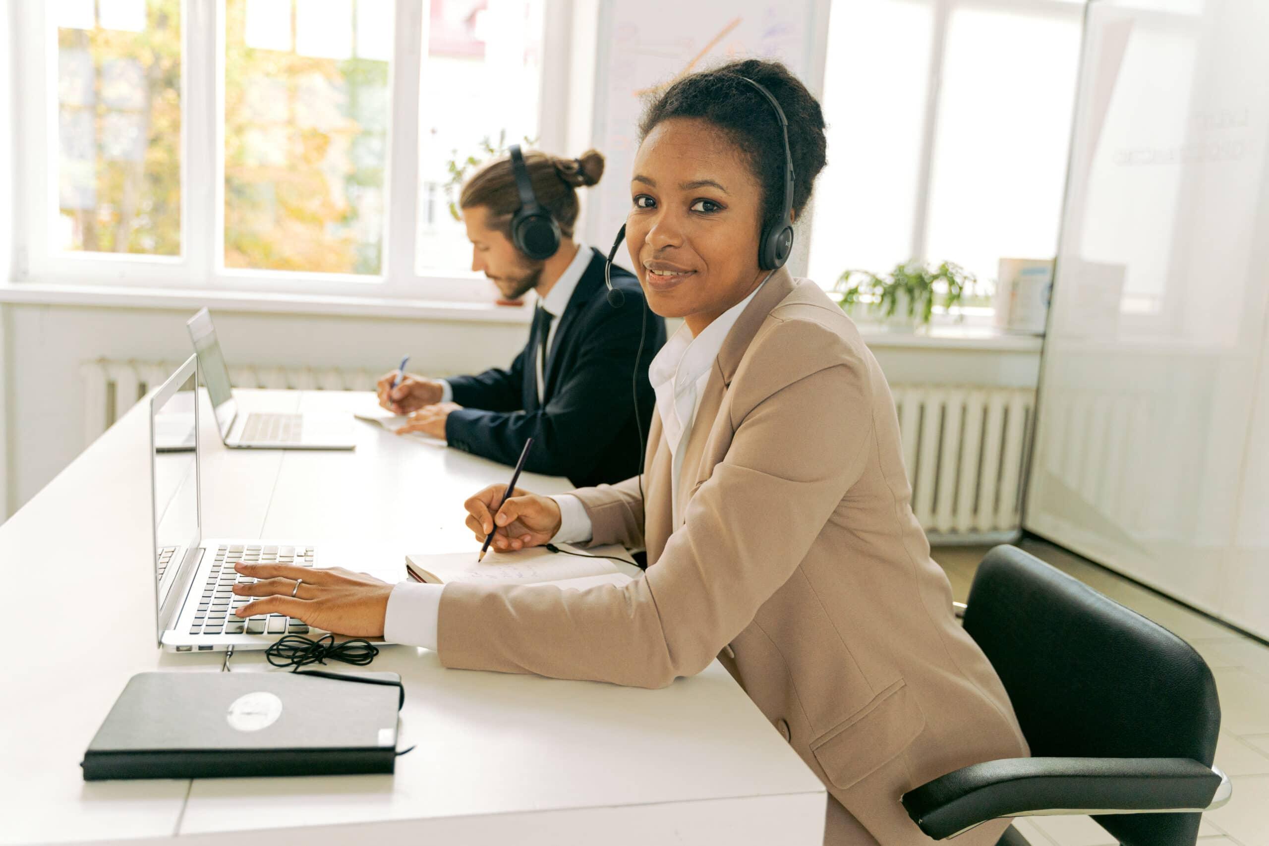 Comment le casque de téléphone augment la productivité ?