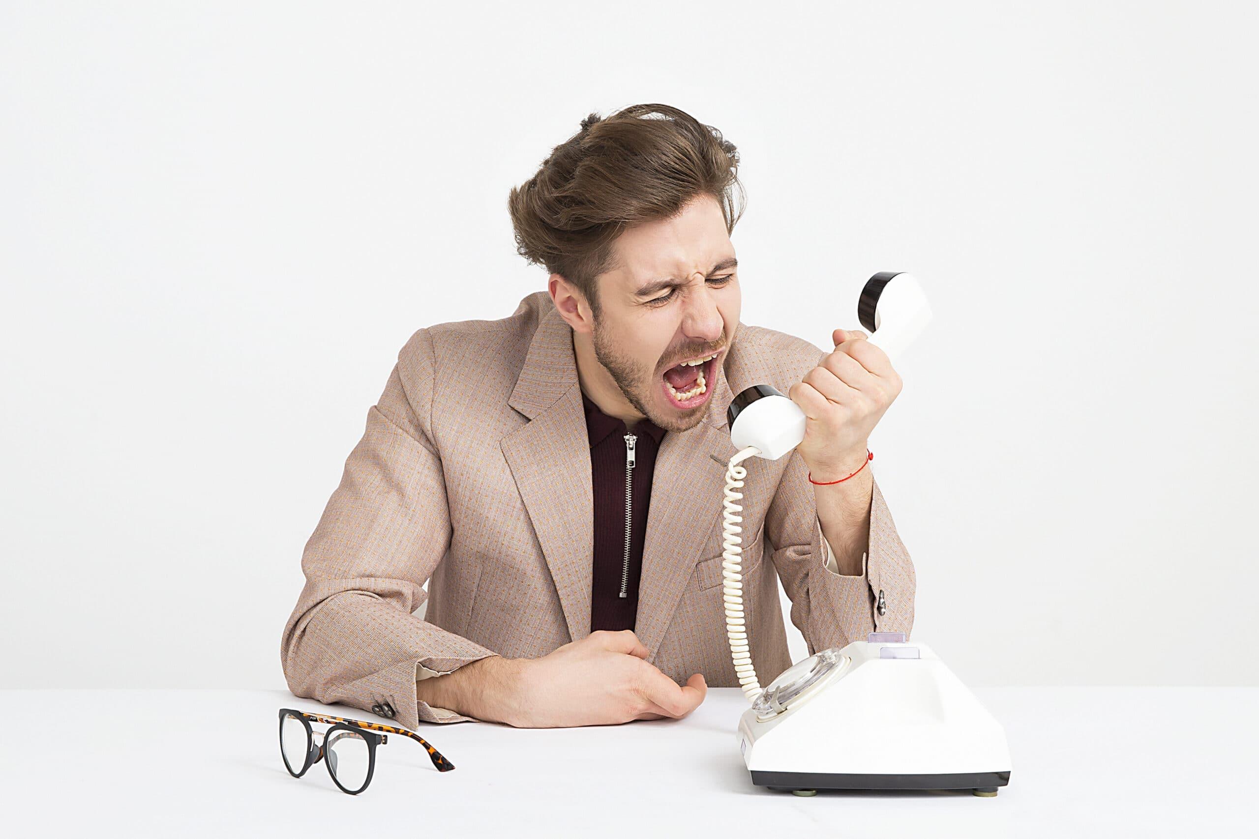 Pourquoi choisir un service de secrétariat en ligne ?
